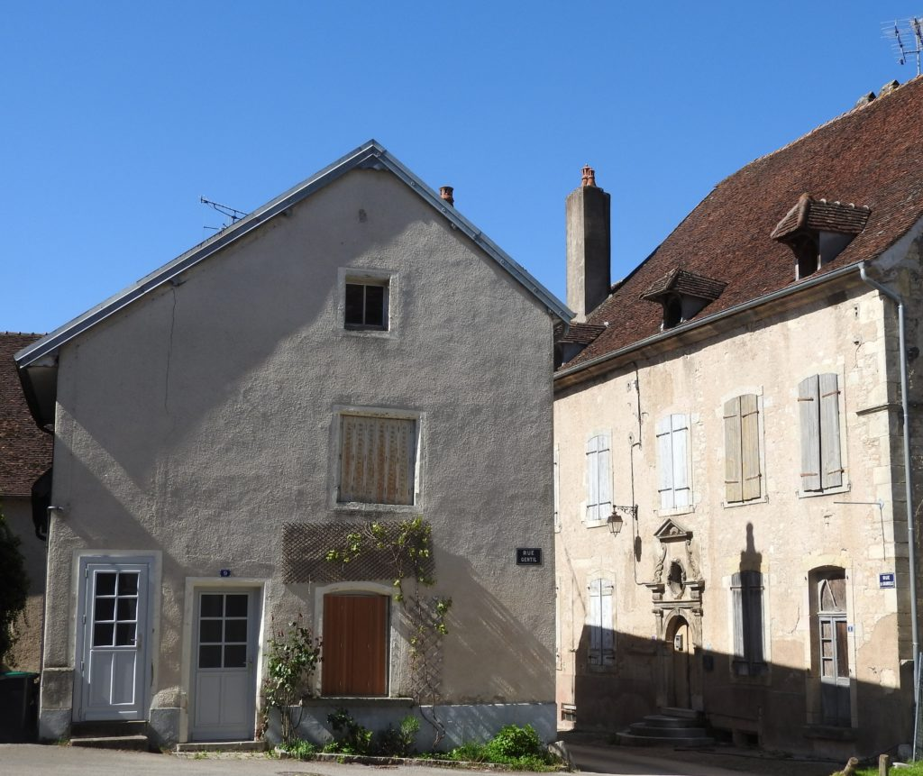 maisons-anciennes-Pesmes